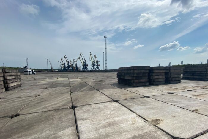 Yuzhny port will complete the construction of a new warehouse in this year