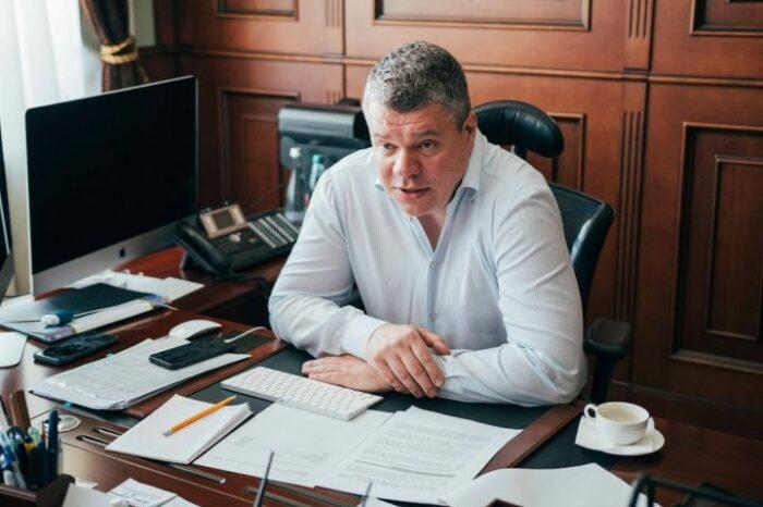 State Food and Grain Corporation of Ukraine is headed by Vasyl Kovalenko